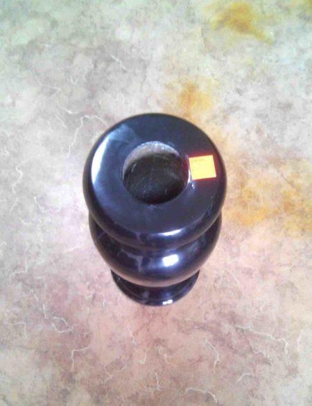 Ваза черная из полимера рис.1