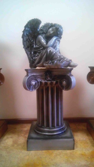 Дева+колонна